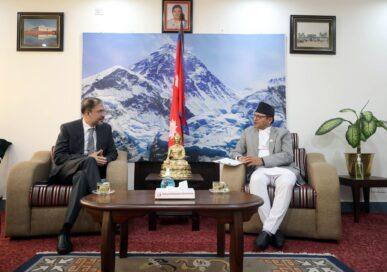 अध्यक्ष तिमिल्सिना र नवनियुक्त पाकिस्तानका राजदूतबीच भेट