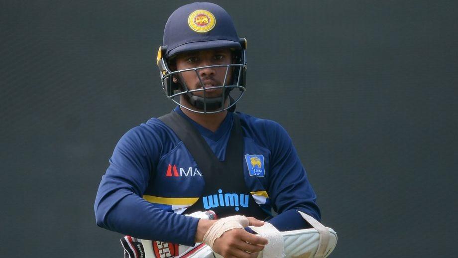 श्रीलङ्काका क्रिकेटर कुसल मेन्डिस पक्राउ